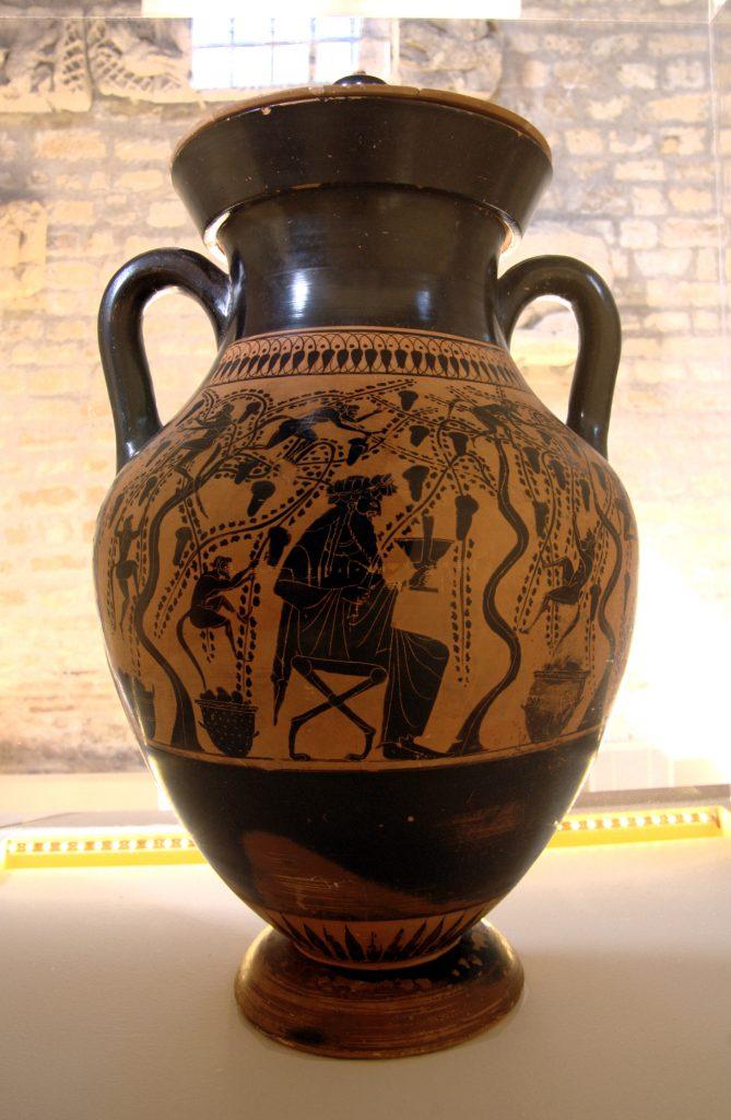 Historia y origen del vino - Bodegas Platé