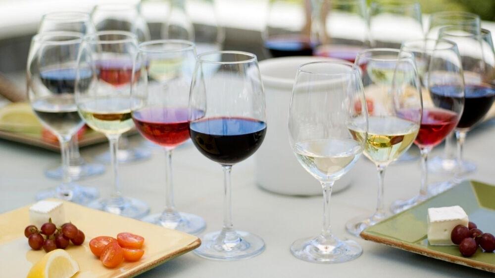 Realiza un buen maridaje con nuestros vinos.
