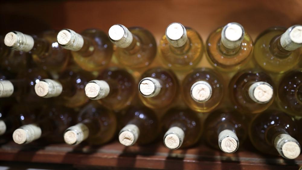 Aprende cómo conservar el vino en casa.